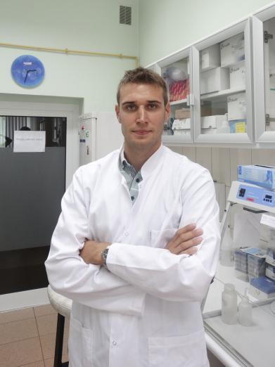dr Maciej Dąbrowski